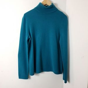 Lord & Taylor turtleneck 100% cashmere sweater